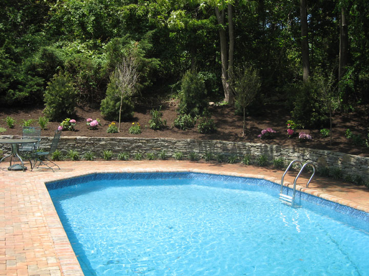 Landscape pool designs long island ny pool planting for Pool design long island